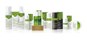 Nutriganics_Group_Shot_Plinth_2_HR_INDOYRJ002